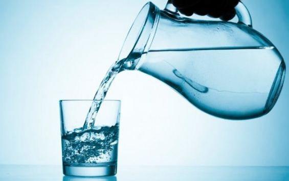 Прозора і без запаху вода може бути смертельною для людини