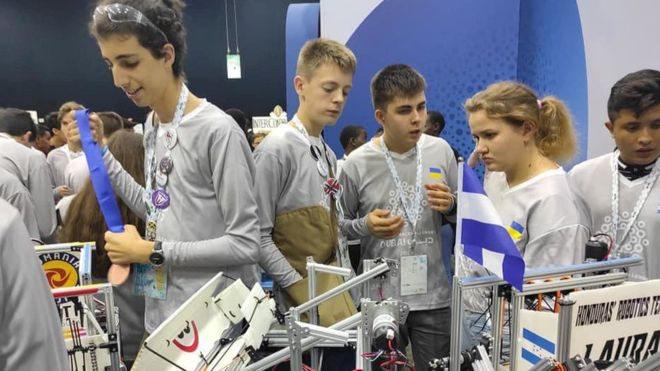 Робот, який очищує океан: українські діти – одні з найкращих у робототехніці у світі