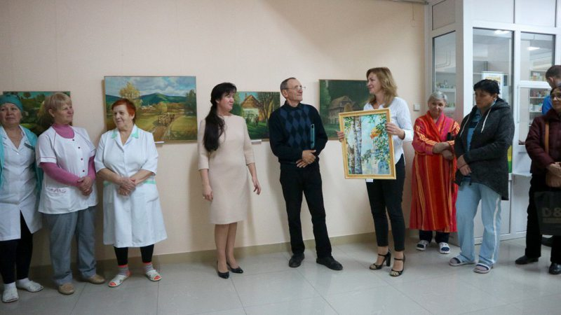 В Херсоне в онкодиспансере открылась художественная выставка