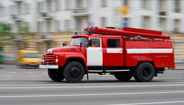 Супермен по-українськи: купив пожежну машину і безплатно їздить на виклики