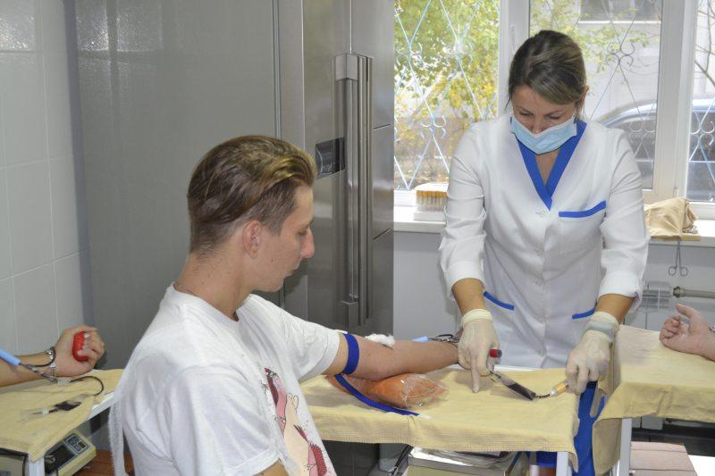 Курсанти Херсонської морської академії долучилися до порятунку життя