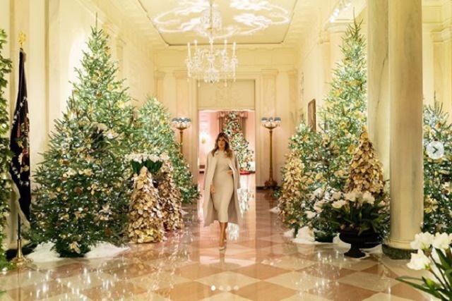 Меланія Трамп перетворила Білий дім на різдвяну казку