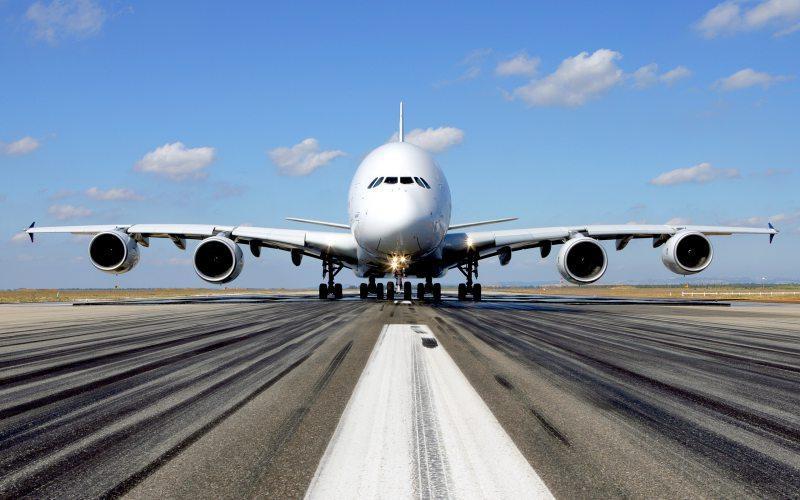 Депкорпус облсовета намерен реконструировать взлетно-посадочную полосу аэропорта «Херсон»