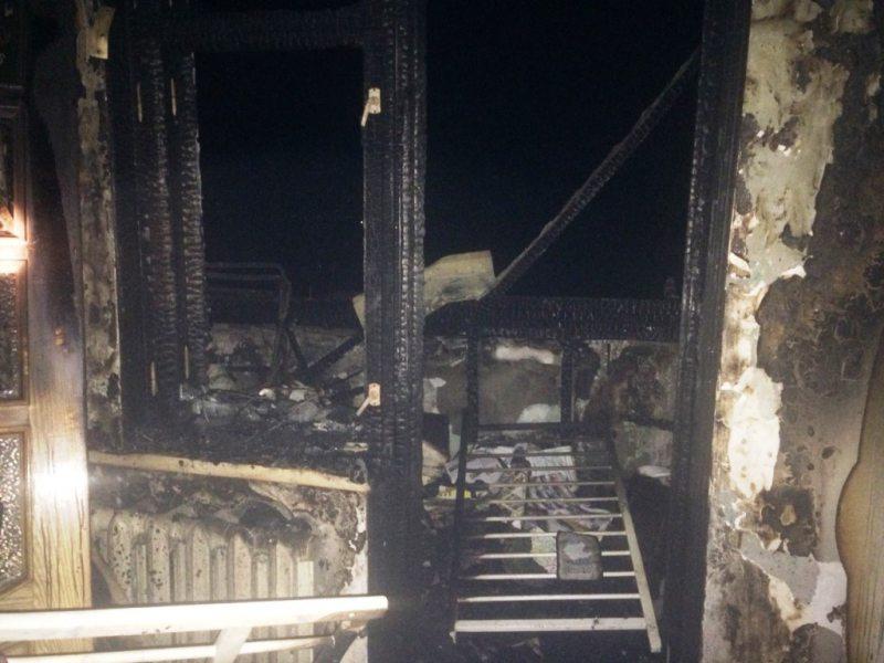 Ймовірно через петарду у Херсоні згоріла квартира