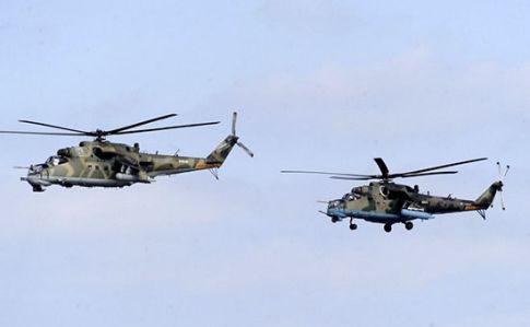 Росія потренувала вертольоти над анексованим Кримом