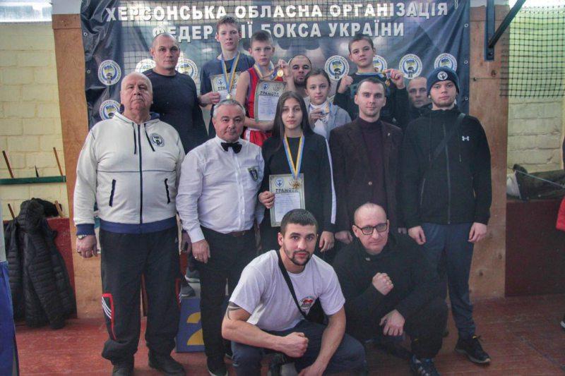 Херсонські спортсмени вибороли десять медалей на чемпіонаті з боксу