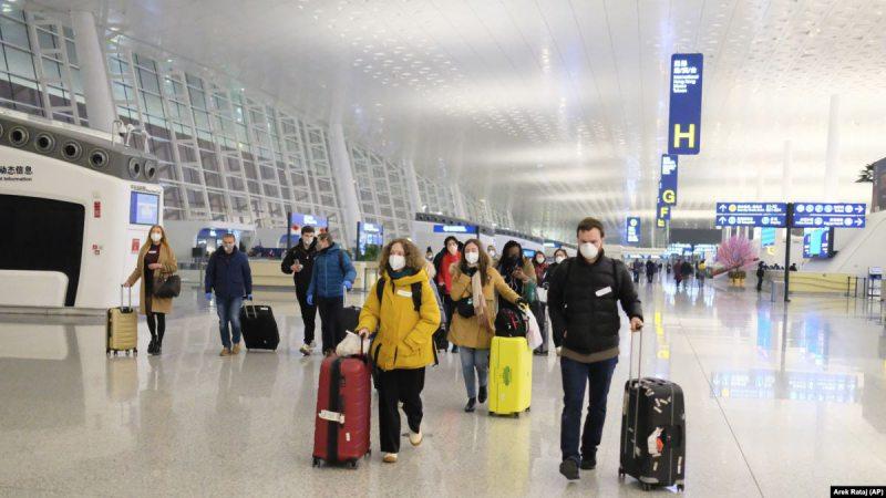 Україна евакуює своїх громадян з Хубею