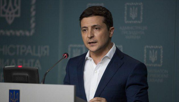 Вірус в Україну не потрапить, – Зеленський про повернення українців з Уханя