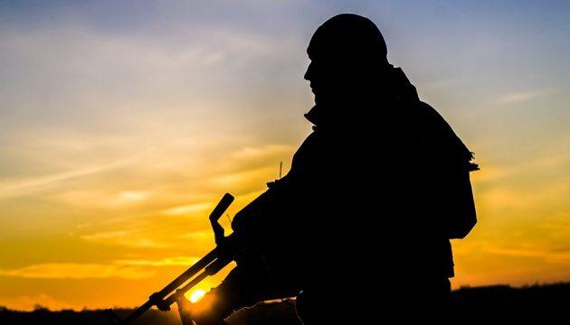 Ескалація на Донбасі: 13 обстрілів – загинув військовий, п'ятеро поранені