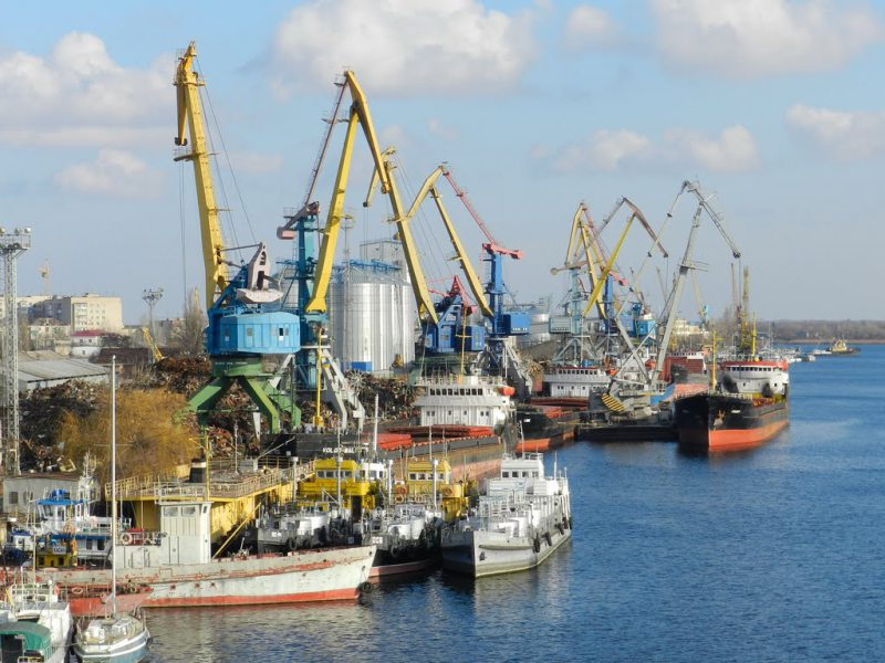 Суд остановил действие приказа о концессии порта «Херсон»
