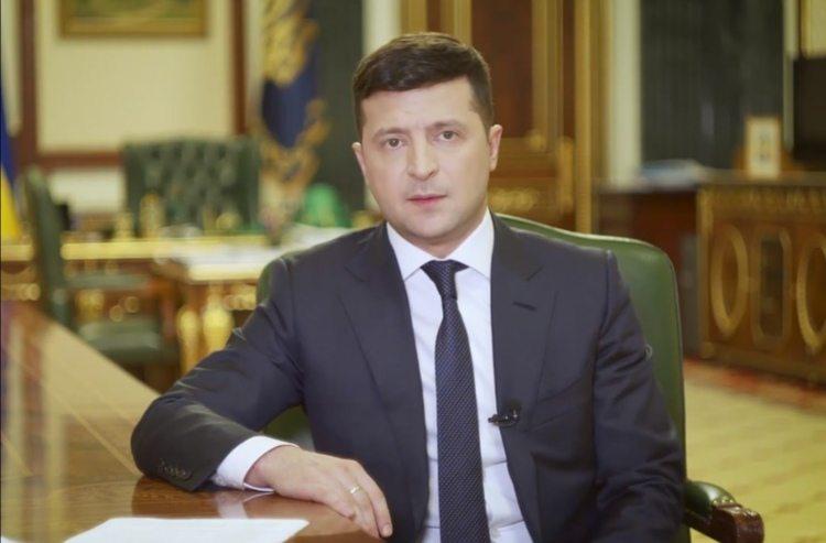 """""""Немає часу чекати"""": Зеленський заявив про закриття кордону для пасажирських перевезень"""