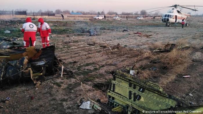 """Крушение самолета """"МАУ"""" в Иране: расследование задерживается из-за пандемии коронавируса"""