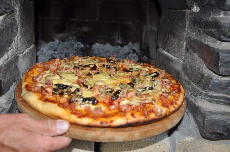 Как приготовить пиццу быстро и вкусно