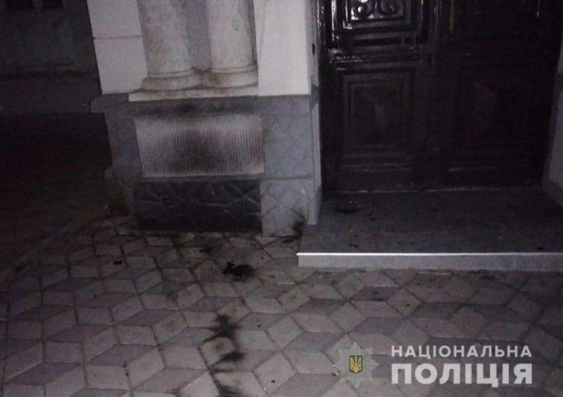 У Херсоні поліція розслідує спробу підпалу будівлі іудейської релігійної общини