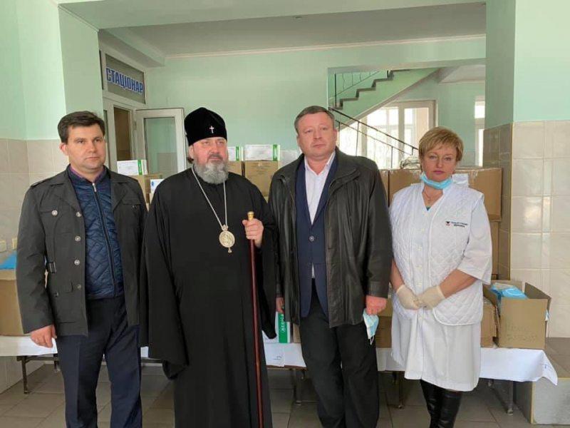 Херсонская епархия передала очередную партию средств инфекционной защиты медицинским учреждениям