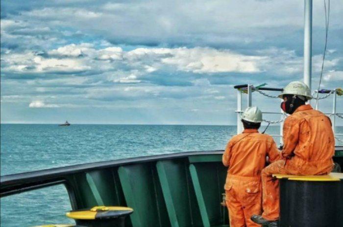 Херсонців просять підтримати петицію щодо відкриття кордонів для моряків