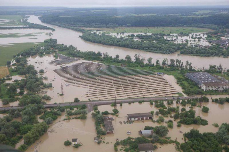На заході України штормове попередження: очікують високий паводок