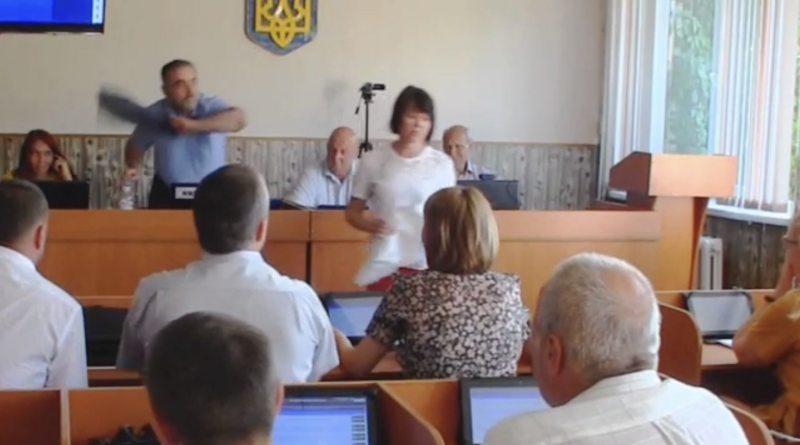 Трусы для мэра Каховки (видео)