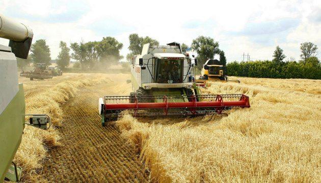 Херсонские аграрии уже намолотили 1 млн. тонн зерна нового урожая