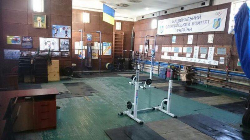 Депутат решил проблему херсонских тяжелоатлетов