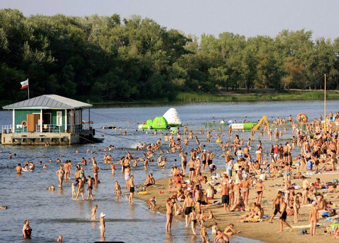 Пляж у Новій Каховці закривати не будуть