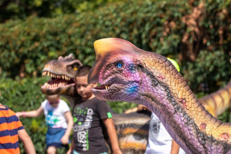 Парк динозавров вызвал восторг у херсонцев