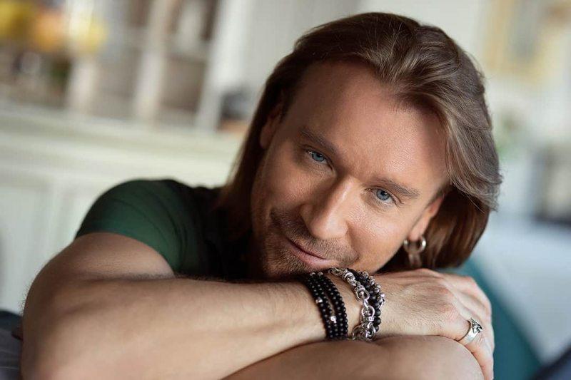 Олег Винник поцілує всіх гостей онлайн-концерту