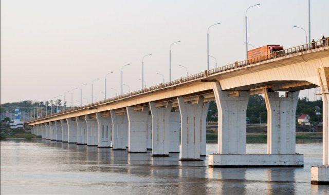 На Херсонщині підприємці розважальних закладів планують перекрити Антонівський міст