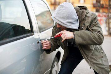 На Херсонщині засуджено чоловіка за незаконне заволодіння авто