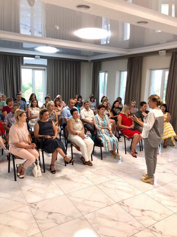 Херсонские педагоги обсудили проблему переполненных групп в детских садах и школах