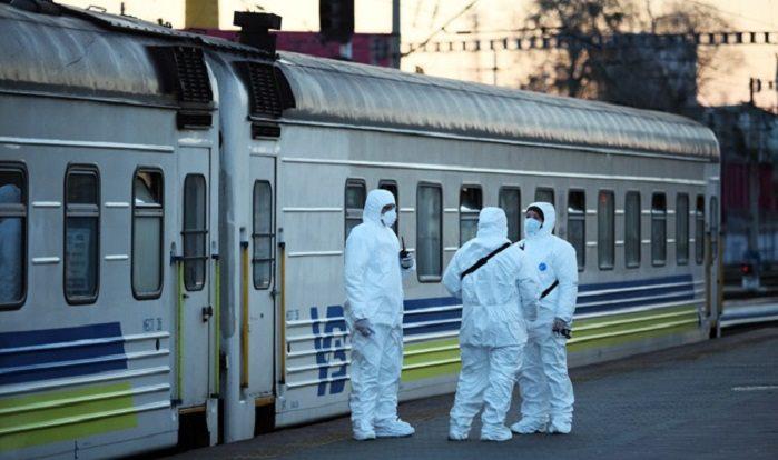 Укрзалізниця припиняє брати пасажирів у Тернополі