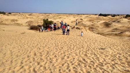 Детям из воскресной школы Свято-Духовского собора Херсона провели экскурсию в Олешковских песках