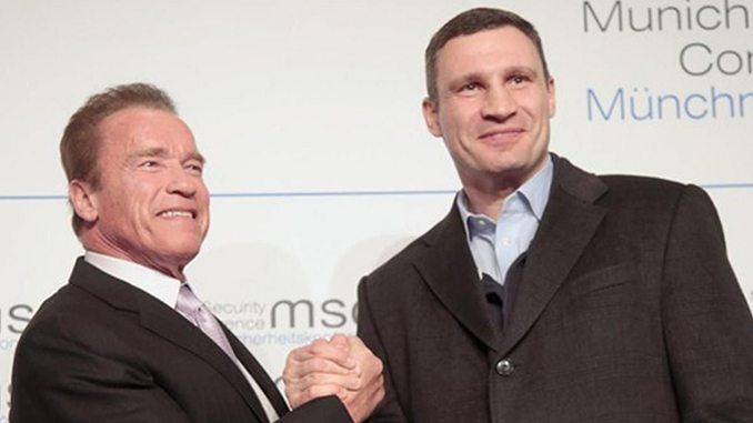 Шварценеггер привітав Кличка з перемогою на виборах