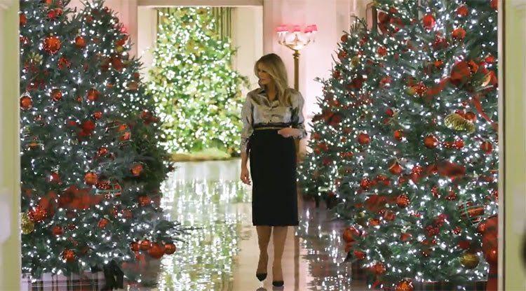 """""""Америка прекрасна"""": первая леди США Мелания Трамп украсила Белый дом к праздникам"""