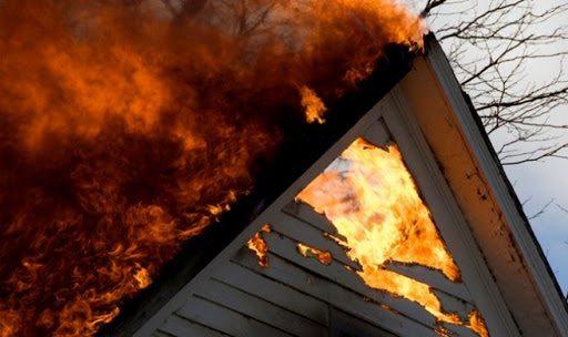На Херсонщині пічне опалення призвело до пожежі в будинку
