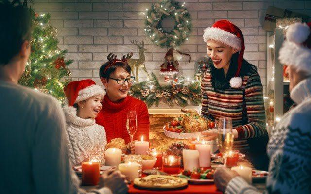 Найкращі привітання з Різдвом Христовим 2021