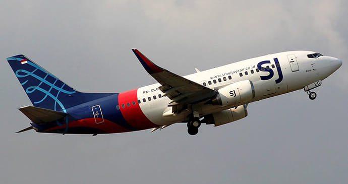 В Індонезії після зльоту зник пасажирський Boeing