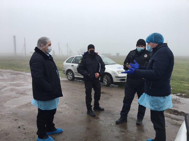 У Каховському районі власник свиноферми майже рік не допускає інспекторів для перевірки