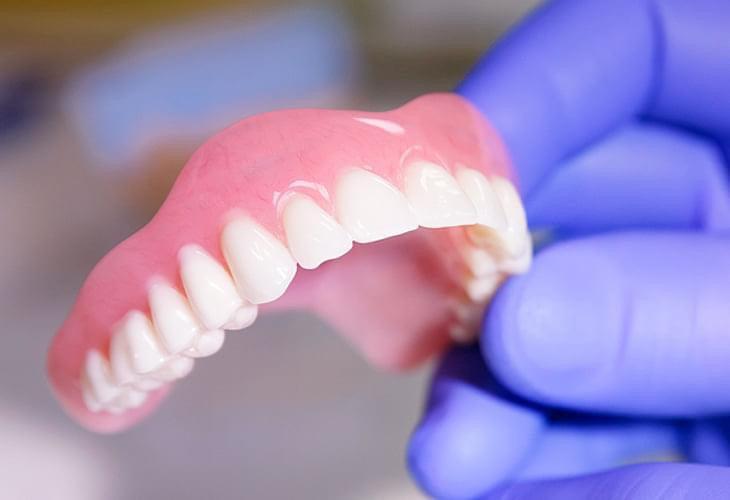 У Херсоні стоматологічна клініка сплатила штраф за ненадання інформації пацієнту