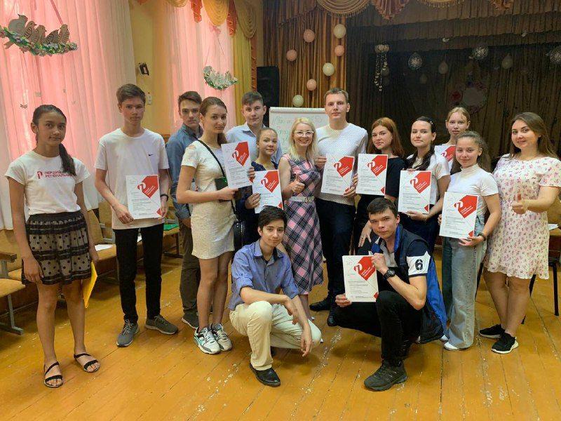 В Олешках юні медійники «відловлювали респондентів»