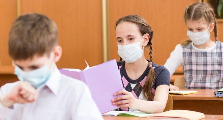 Умовою роботи шкіл під час спалаху ковіду буде вакцинація 80% персоналу